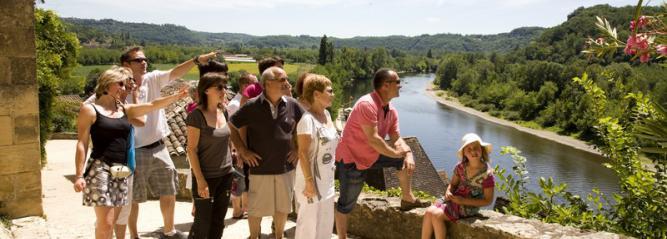 Visites guidées du village de La Roque-Gageac, en Dordogne