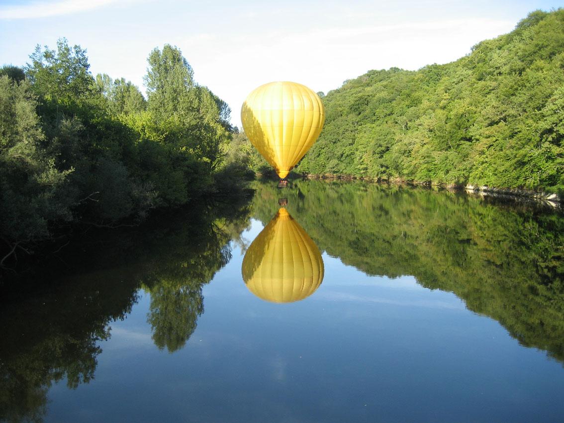 Promenade en Dordogne à bord de nos montgolfières