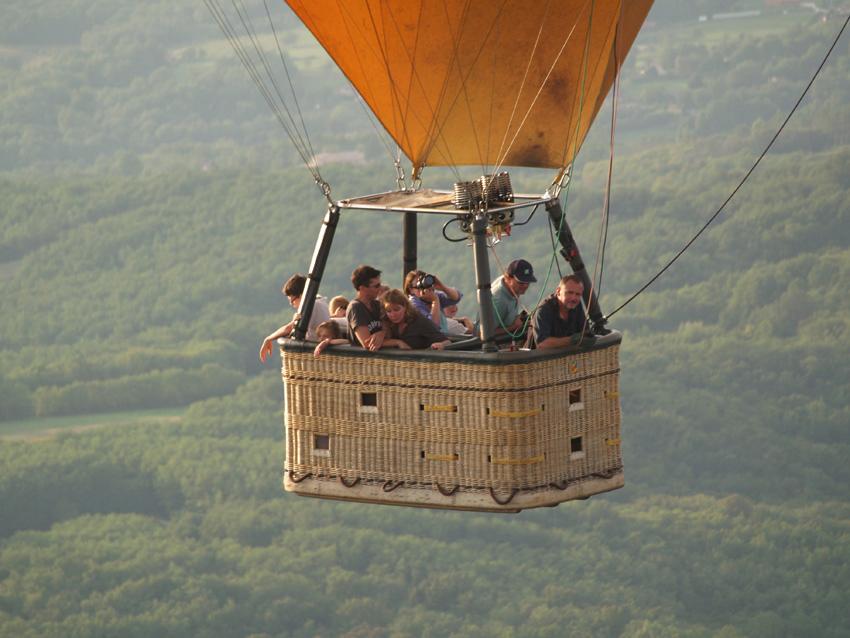 360° en montgolfière dans une nacelle de 8 personnes