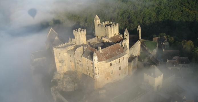 Photo du château de Beynac en Périgord