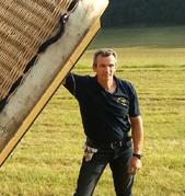 Dominique équipier à Montgolfières du Périgord