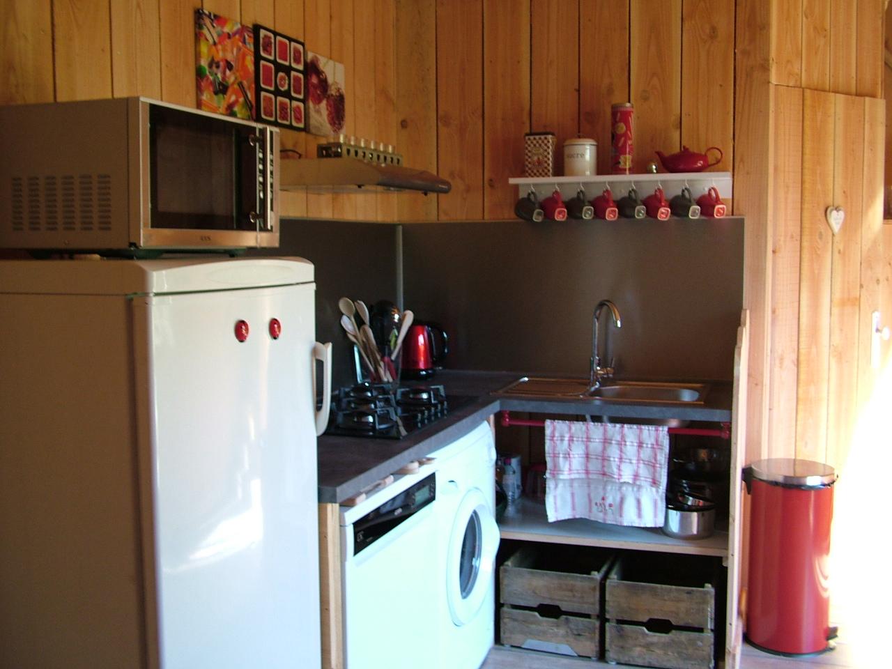 Photo du coin cuisine du gîte aérostier