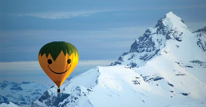 Photo de vol en montagne